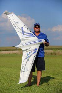 e-flite-opterra-2m-flying-wing-8