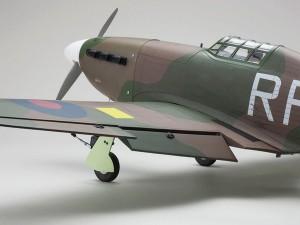 Kyosho Warbird Hawker Hurricane GP50 ARF (3)