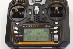 Kyosho Syncro KT-631ST 6 Channel Radio With Telemetry (4)